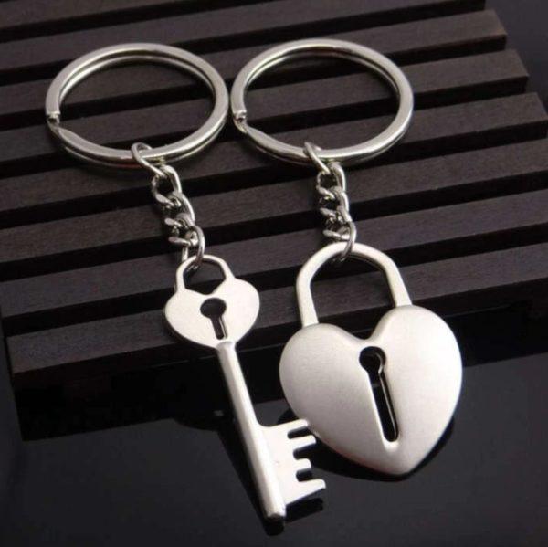 Сет од два привезоци - срце+клуч